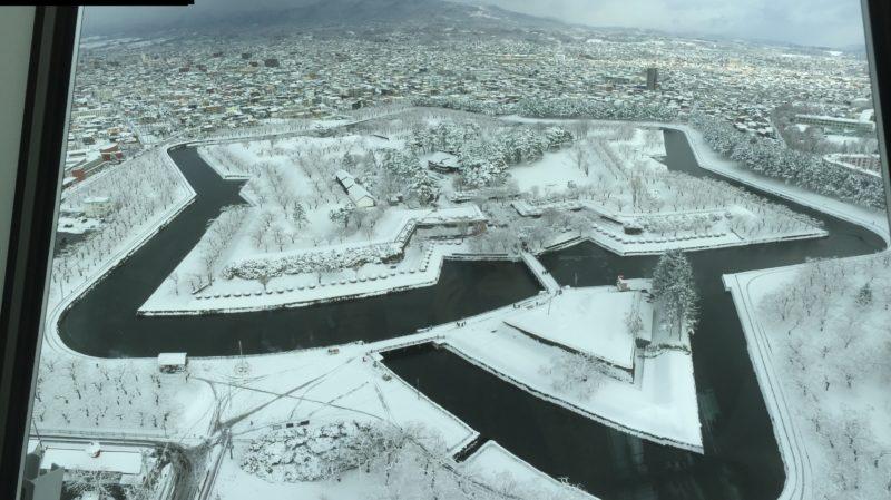 雪化粧をした函館五稜郭